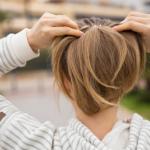 Rụng tóc: Dấu hiệu & Triệu chứng
